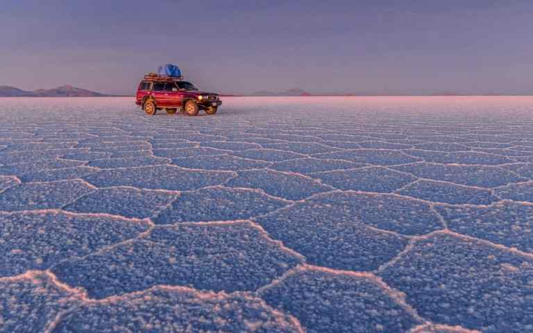 bolivia-travel-guide-salt-flats-xlarge
